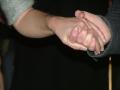 FÅR JAG HÅLLA DIN HAND?